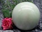 Orb Urn jade small 03