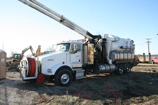 What is Hydro Excavation and Why Should I Use It?