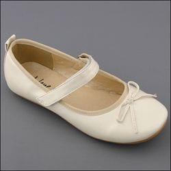JOLENE- Ivory Ballet Shoe
