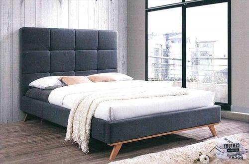 Ivy Queen Bed Main