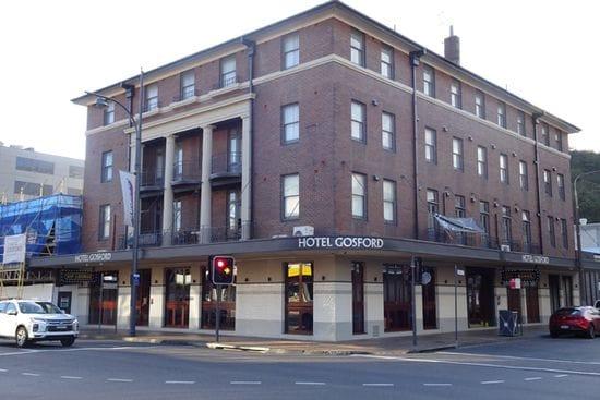 Peter Harris - Hotel Gosford & Harris & Narvo Hotel Group