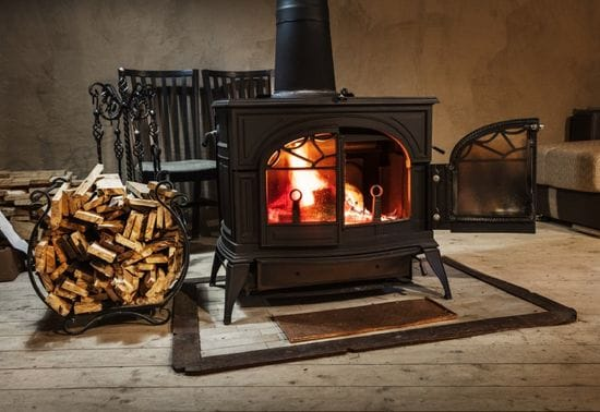 3 Benefits of Owning a Cast Iron Cook Stove