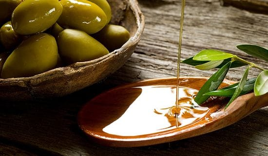 Extra Virgin Olive Oil and Your Skin