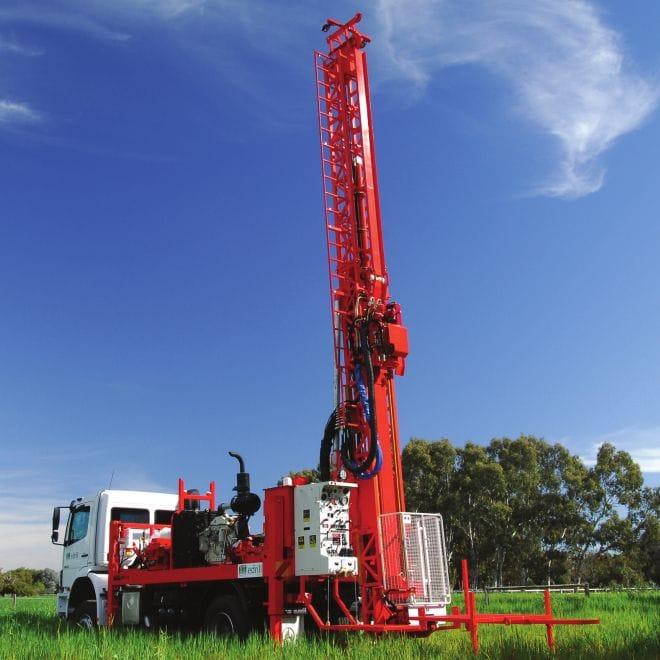 DE710 Heavy-duty Surface Core Drill Rig
