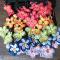 Accessories - scarves, shawls hats, socks, gloves