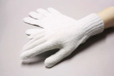Chalky Cream alpaca gloves