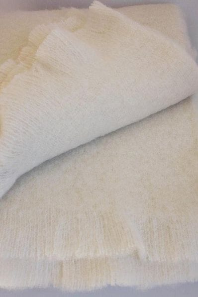 Alpaca Brush/boucle throw - cream