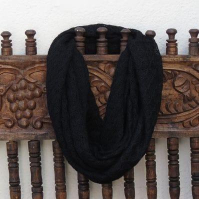 Eternal Lace alpaca scarf - black