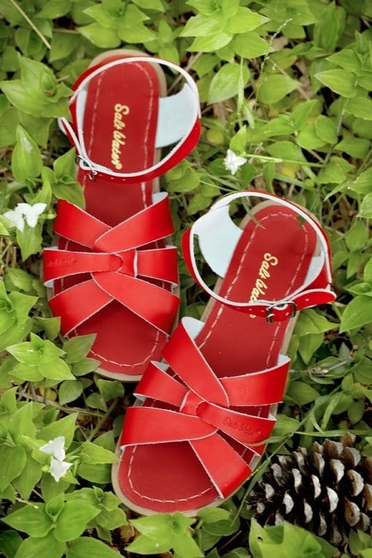 Saltwater Sandal - Red Adult