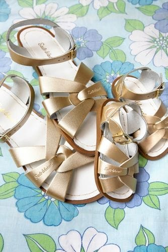 Saltwater Sandal - Gold Adult