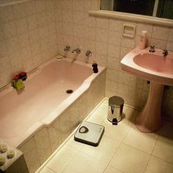 之前和之后浴室