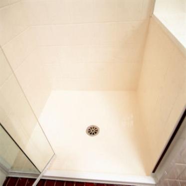 我们的喷淋基之后再上釉 bob外围博彩浴室Werx