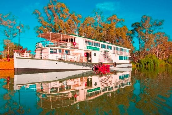 Historic paddle boat to go under hammer
