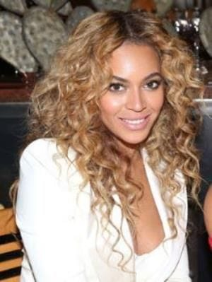 Rusk Miracurl gives curls like Beyonce's