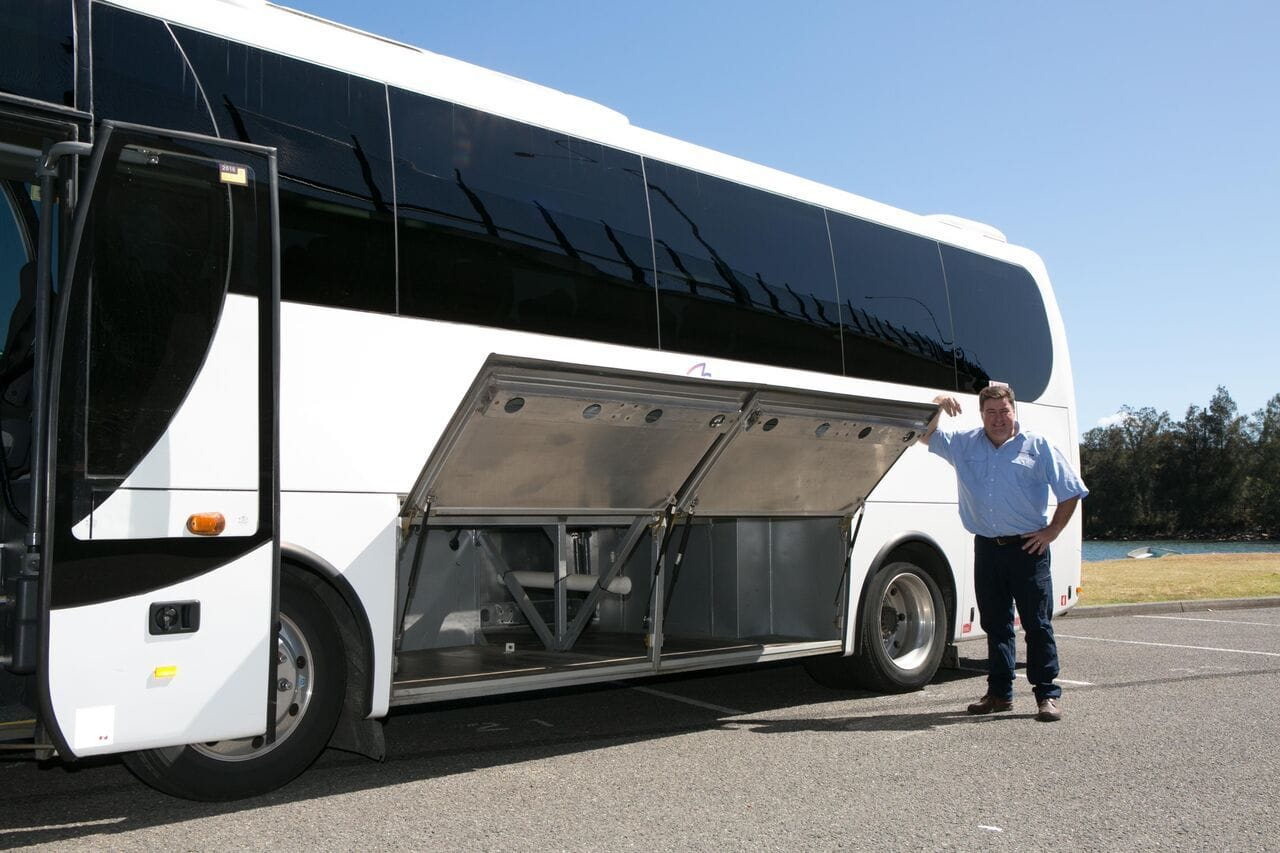 Connect Coaches 28 Seated Coach