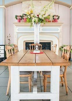 Colour Scheme Vintage Theme Dining Room Table