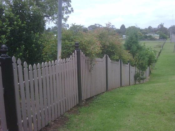 Picket and Pailing fencing