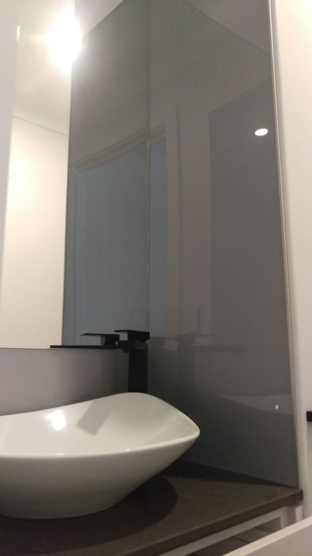 Bathroom Splashbacks, Kitchen Resurfacing - ISPS Innovations