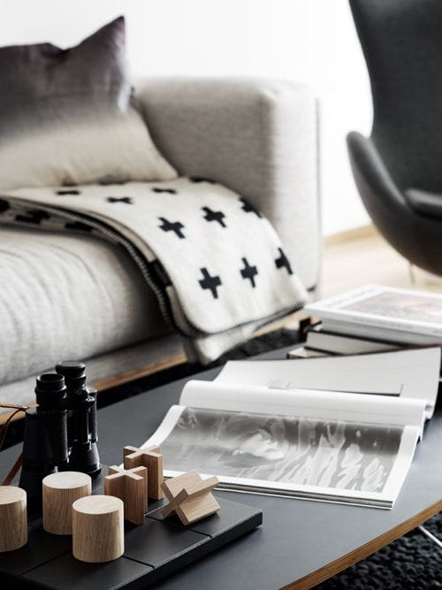 Simply Scandinavian TOP 10 Black+White Inspirational Living Rooms