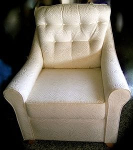 Emma Buttoned Chair