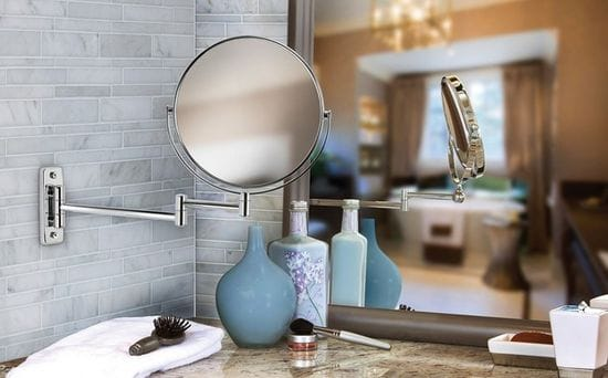 What Makes a Great Makeup Mirror?