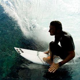 BILLABONG BUYS SURF DIVE 'N' SKI