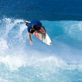 BILLABONG TAKES THE DROP