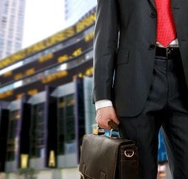 SIX STEPS TO SAFEGUARD AGAINST SCAMS ON BUSINESS TRIPS
