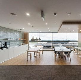 SYDNEY AIRPORT SCORES NEW BUSINESS CENTRE