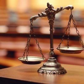 LEGAL LEGEND PASSES AWAY