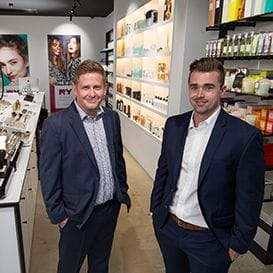 UK RETAIL GIANT ACQUIRES RY.COM.AU