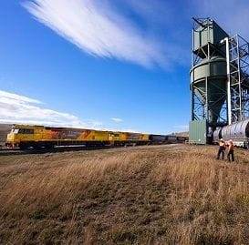 AURIZON IN PRELIMINARY TALKS TO BUY COAL TERMINAL
