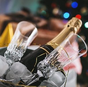 Plan a fabulous end of year party with your colleagues