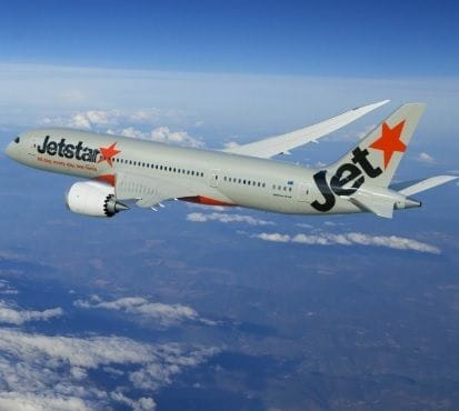ACCC takes Jetstar to court for misleading refund claims