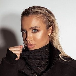 Tammy Hembrow hits 10 million follower mark