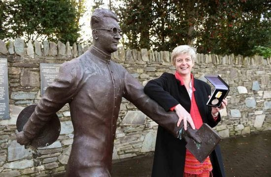 Sr Treacy receives Women of Courage Award for work in South Sudan