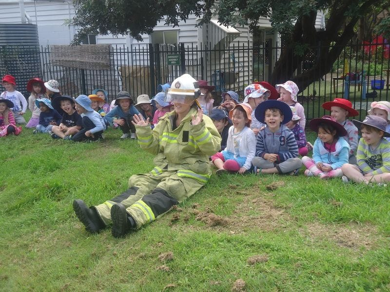 Camp Hill Fire Officers come to Harty Street