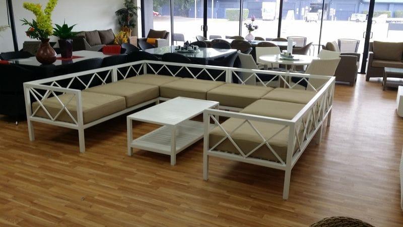 Sapphire Lounge