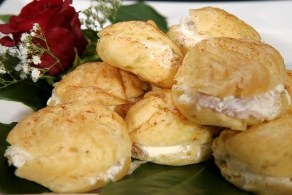 Gougere with Cream Cheese Ham & Pinepple