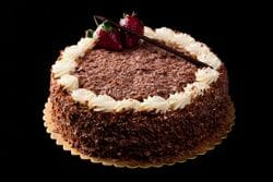 MILK CHOCOLATE FLAKE CAKE