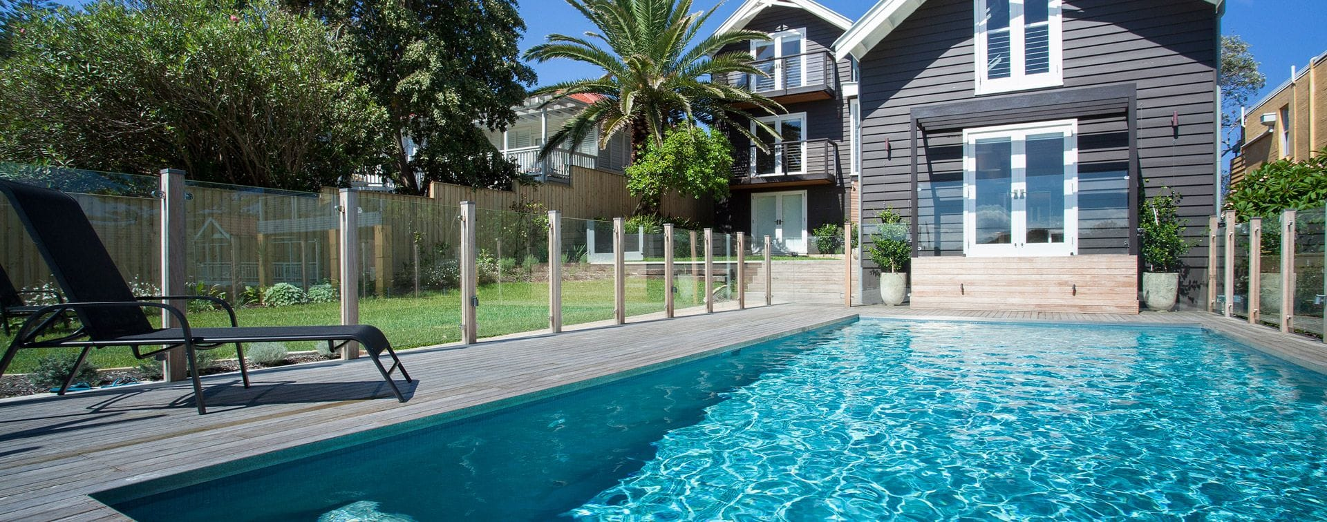 Swimming pool renovations sydney pool builders award for Swimming pool builders