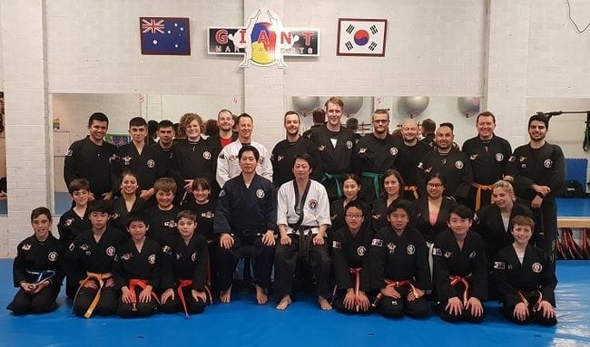 Successful Dual Master Knife Defence & Kicking Seminar