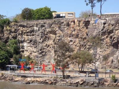 Kangaroo Point Cliffs, Brisbane River, Brisbane Cruises