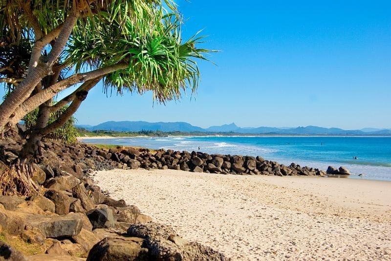 beach hotel in the heart of byron bay