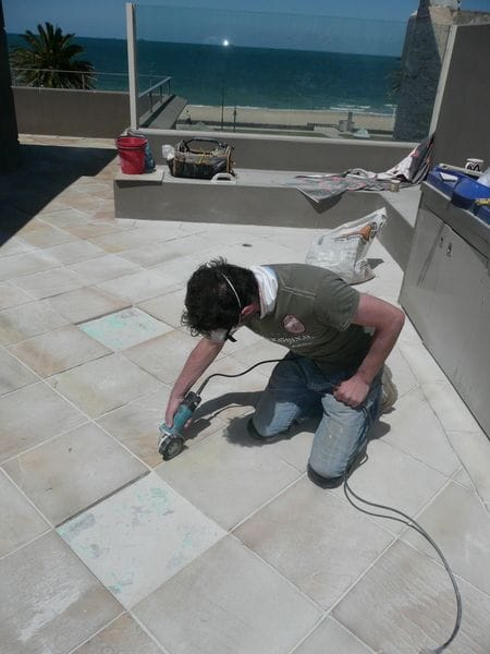 Grout and broken tile removal | SCR Melbourne