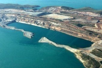 Iron ore mine at Koolan Island to reopen after $100 million seawall rebuild