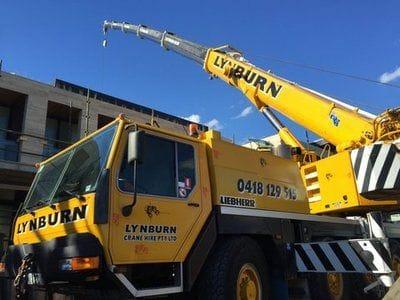 Past Crane/Forklift Projects | Lynburn Crane Hire Melbourne