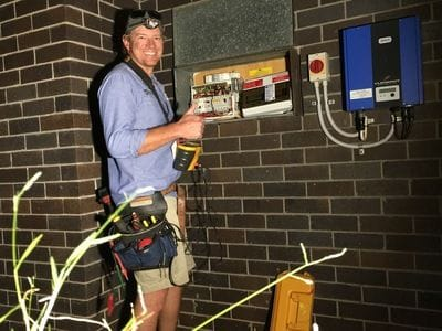 Brisbane electrician, emergency electrician available after hours