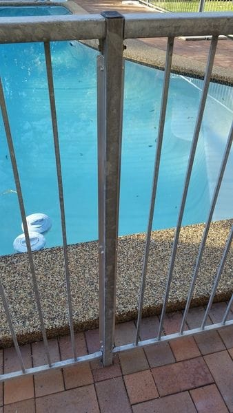 fill-non-compliant-gap-in-steel-pool-fence.jpg