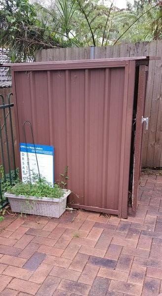 old-rusted-pool-filter-box.jpg